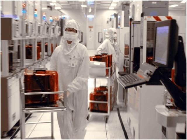 半导体加速国产化,预计两年内建成8座高产能晶圆厂