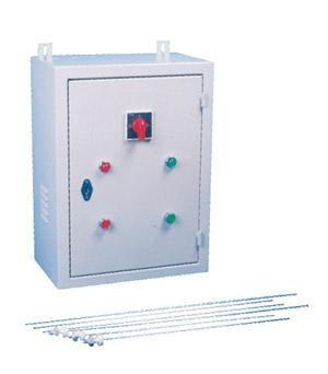 信号输入到控制电路,并驱动开关电路,继电器吸合,排污泵启动,排污泵启