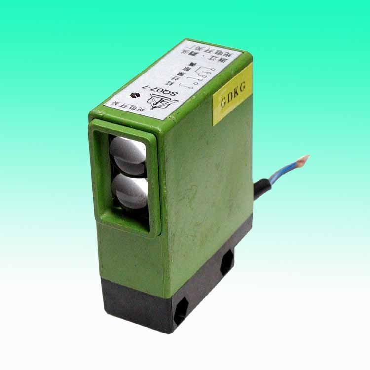 sq系列内装继电器型光电开关